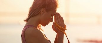 How to Meditate With Mantras and Mala Beads